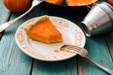 Homemade Pumpkin Dessert. Piec...