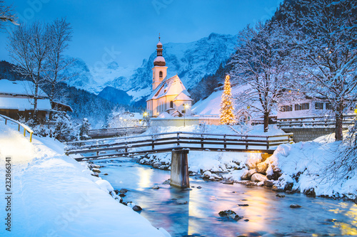 Papiers peints Bleu ciel Church of Ramsau in winter twilight, Bavaria, Germany