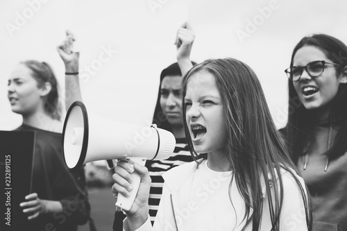 Fotografía Female activist shouting on a megaphone