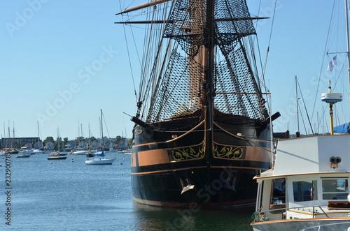 Keuken foto achterwand Schip old ship in the port