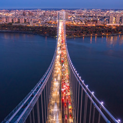 Panel Szklany Mosty Aerial view of the evening rush hour traffic on George Washington Bridge, as viewed from New Jersey