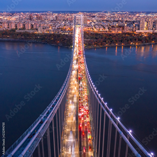 Fototapeten New York Aerial view of the evening rush hour traffic on George Washington Bridge, as viewed from New Jersey