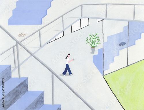 階段の多い住宅で生活する女性