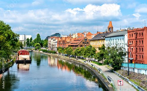 Obraz Widok Bydgoszczy z rzeką Brdą, Polska - fototapety do salonu