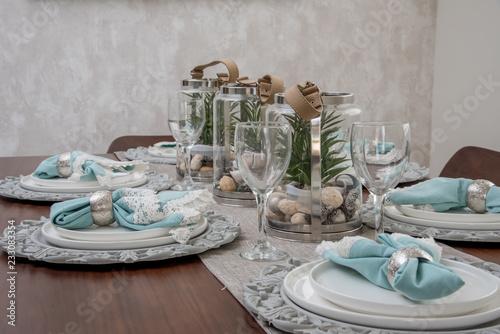 Fotografie, Obraz  decoracion interior de casa con mesa para comida elegante