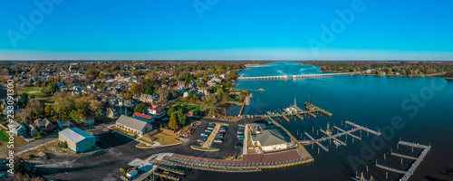 Valokuva  Aerial panorama view of historic colonial chestertown near annapolis situated on