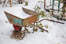 Single Wheel Wheelbarrow Cover...