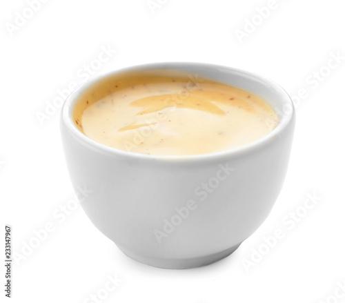 Fotografía  Tasty sauce in bowl on white background