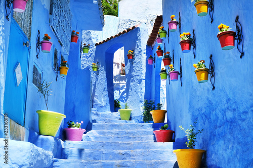 Cuadros en Lienzo Traditional moroccan architectural details in Chefchaouen, Morocco, Africa