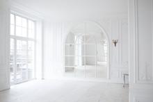 Bright Vintage Spacious Room.