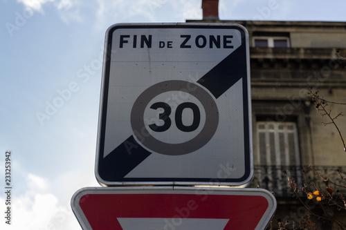 Fotografía  Fin de zone 30