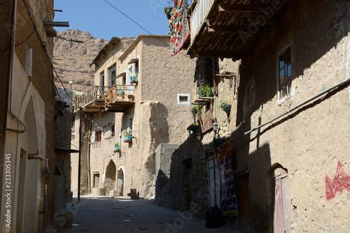Tuinposter Oude verlaten gebouwen Old village, Ghalat, Iran