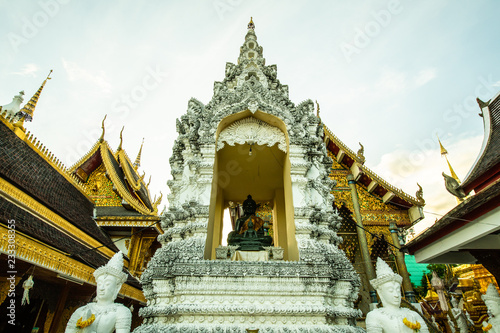 Spoed Foto op Canvas Bedehuis San Pa Yang Luang temple in Lamphun province