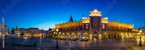 obraz PCV Krakow Cloth Hall by late blue hour (panoramic)