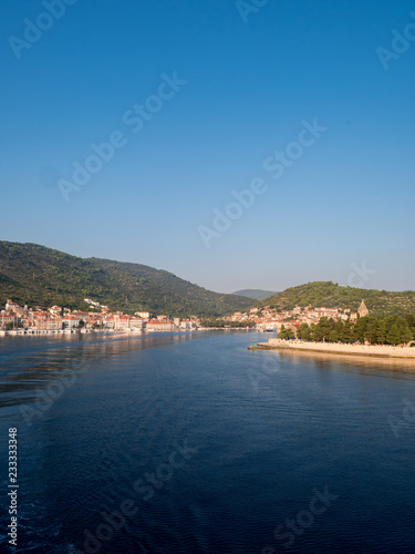 Fotografie, Obraz  Vis city from the blue sea at morning