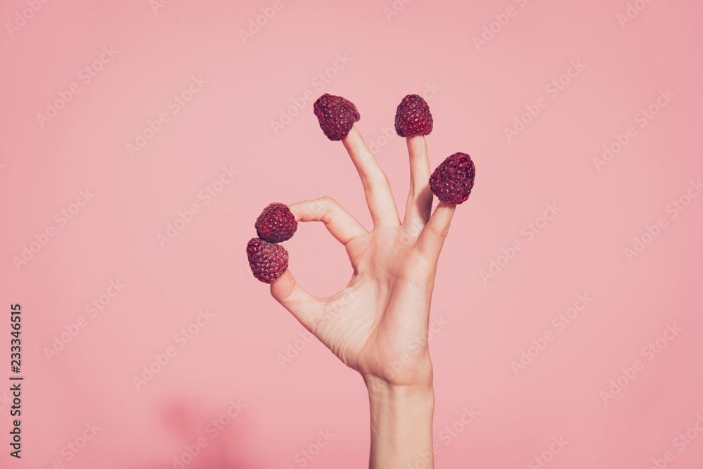 Fototapety, obrazy: Close-up cropped nice well-groomed delicate hand five fingers sw