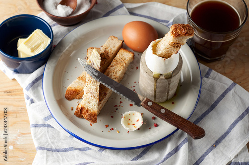 Fotografía  Soft boiled eggs with Buttered toast Soldiers are a classic English breakfast