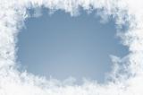 natürlich gewachsene Eiskristalle auf Blau
