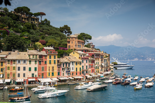 Fotobehang Liguria The incredibly beautiful Italian coastal town of Portofino in panoramic view