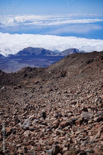 Staande foto Cappuccino Paisaje de roca volcánica en la cima del Teide