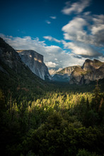 Tunnel View In Yosemite Nation...