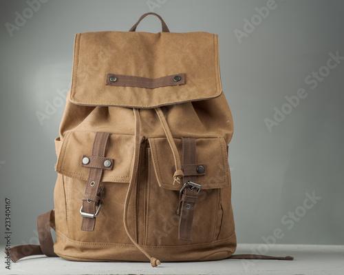 Obraz Vintage beige backpack - fototapety do salonu