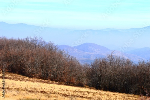 Spoed Foto op Canvas Cappuccino landscape of the hills and mountains in autumn