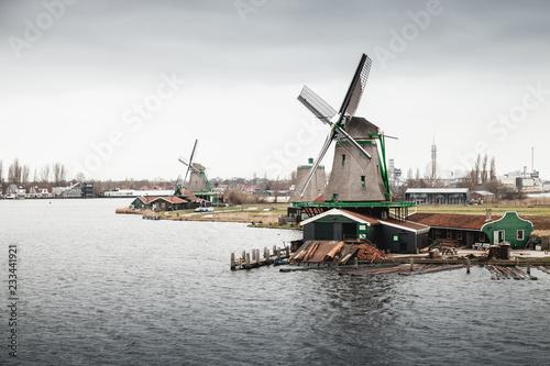 Foto op Aluminium Europese Plekken Netherlands, Windmills on Zaan river coast