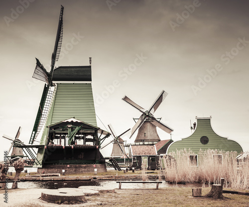 Foto op Aluminium Europese Plekken Windmills in Zaanse Schans, Netherlands