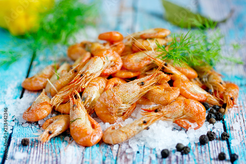 Boiled shrimp with sea salt, pepper, lemon and dill