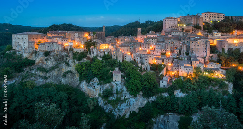 Fotobehang Athene Panoramic sight of Sorano in the evening, in the Province of Grosseto, Tuscany (Toscana), Italy.