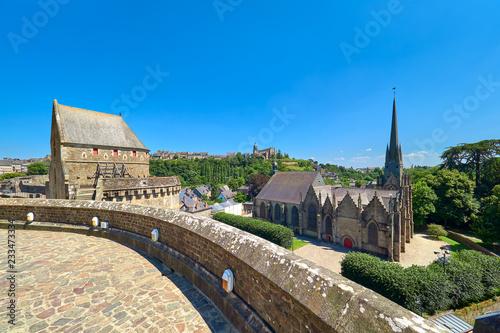 Photo  Vista Paisaje Urbano de la Torre Raoul, la Iglesia de Saint Sulpice y la Ciudad