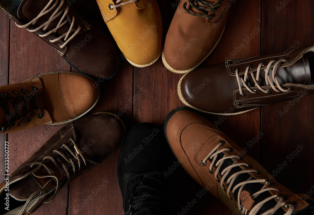 Fototapeta 7526756 Circle of group shoes