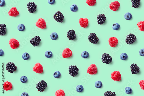 Obraz Colorful fruit pattern of wild berries - fototapety do salonu