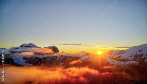 Foto auf Gartenposter Gebirge Beautiful Dolomites peaks panoramic view