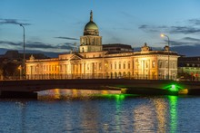 The Custom House, Originally Customs Office, Today Ministry Of The Environment And Local Government, Dublin, Republic Of Ireland