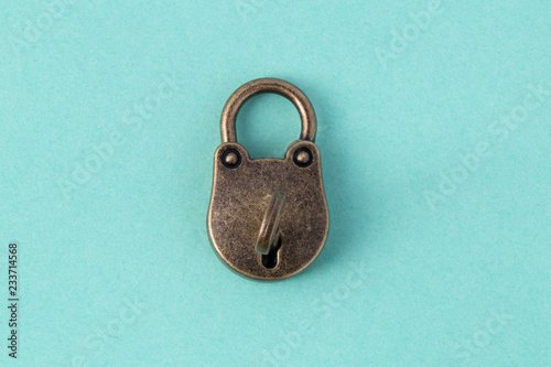 Photographie  closed bronze lock