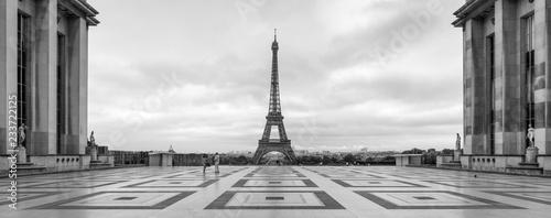 Place du Trocadero panorama z Wieżą Eiffla, Paryż, Francja