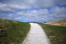 Barley Cove Beach Footpath Wes...