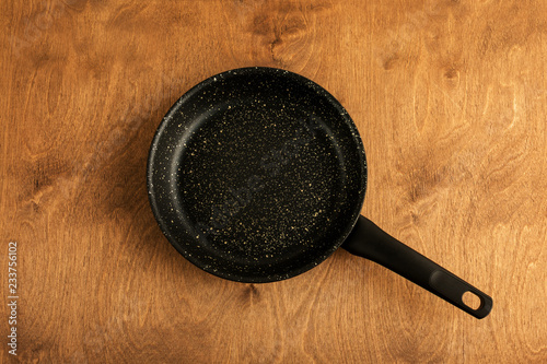 pan, wooden background, cooking, copy space