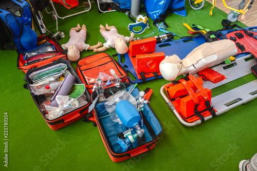 kit para emergencias profesional o kit de primera ayuda  o de auxilio profesiona Canvas Print