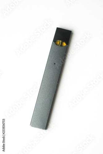 Cuadros en Lienzo  E-cigarette on white