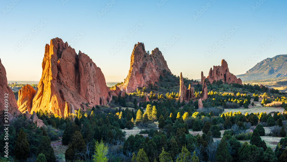 Fototapety, obrazy: Sunrise at the Garden of the Gods in Colorado Springs, CO