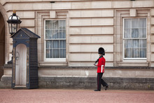 Queens Guard Buckingham Palace