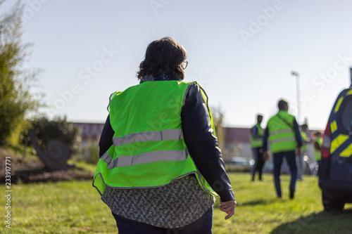 Obraz na plátně mobilisation gilets jaunes du 17 novembre