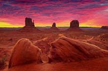 Sunrise Over Monument Valley T...