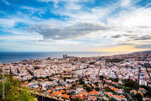 Fotografia  This panorama shot time the entire downtown of Santa Cruz, the capital of Tenerife