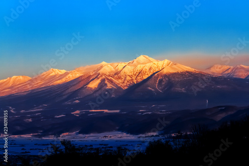 Photo Stands Night blue 富良野の雪山