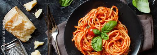 Fototapeta  Spaghetti pasta with tomato sauce