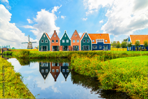 Fotografie, Obraz  Volendam is a town in North Holland in the Netherlands